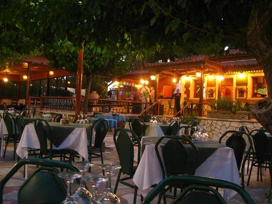 Castelli Hotel: Sarikina Tavern