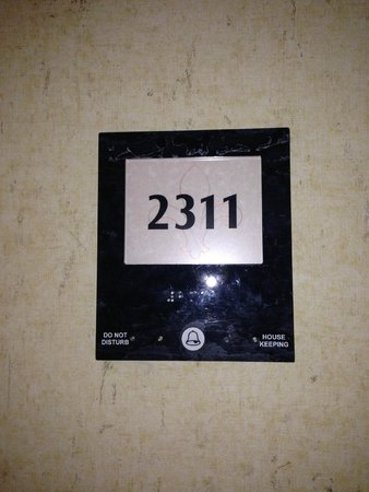 Harrah's New Orleans : Room 2311 - I forgot to take a picture of the TV.