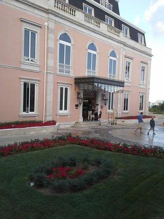 Olissippo Lapa Palace: Entrance