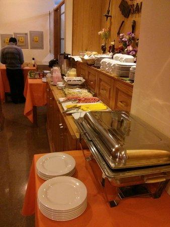 Hatun Samay: breakfast spread