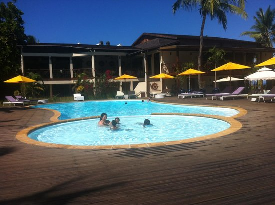 Royal Beach Hotel : Piscine