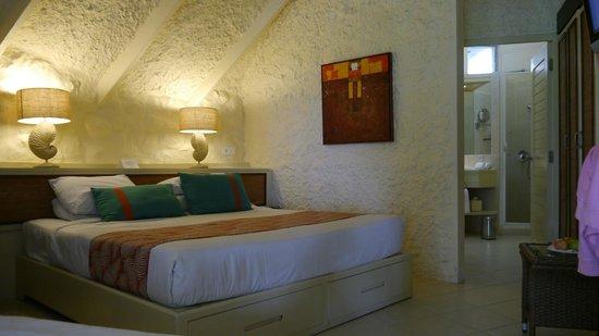 La Pirogue Resort & Spa: Standard  Room
