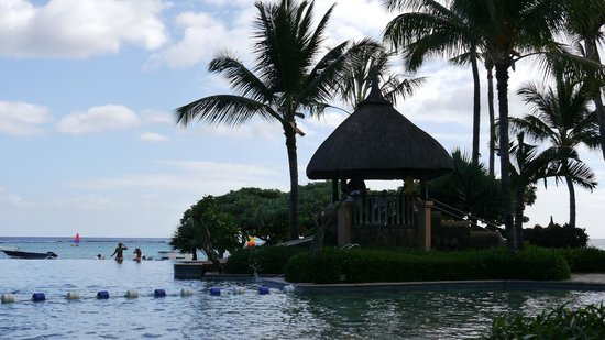 La Pirogue Resort & Spa: Lifeguard Hut