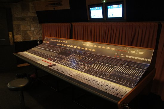 Montreux, Swiss: Original studio