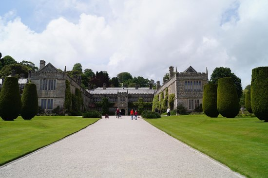 Lanhydrock House and Garden: Front