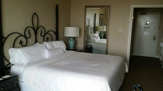 The Westin Riverwalk, San Antonio: Room