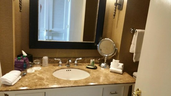 The Westin Riverwalk, San Antonio: Bathroom