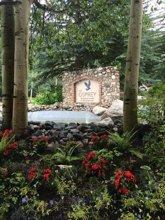 The Osprey at Beaver Creek, A RockResort: The entrance