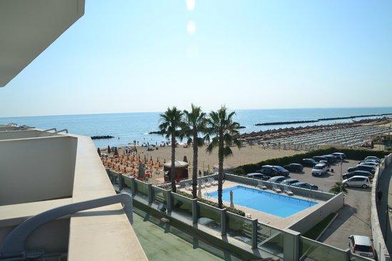 Sea Lion Hotel: mod syd