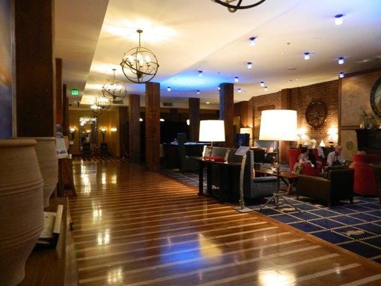 Argonaut Hotel, A Noble House Hotel: Hotel Foyer