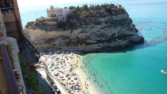 Orizzonte Blu di Tropea Hotel: church, mountain, beach