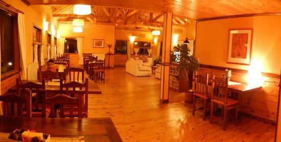 Hosteria Hainen: Ingresso e sala colazione