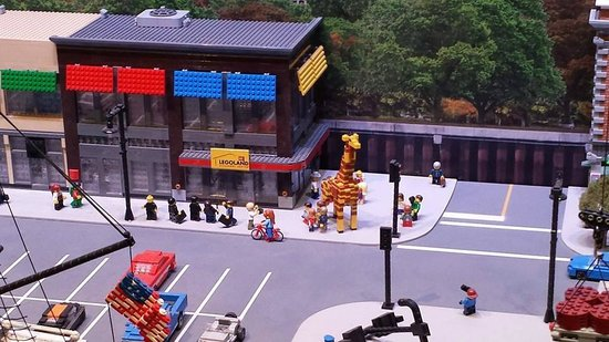 Model of the store - Picture of Legoland Discovery Center ...