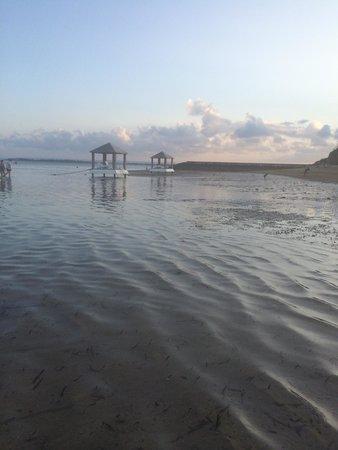 Puri Santrian : Sunset stroll on beach