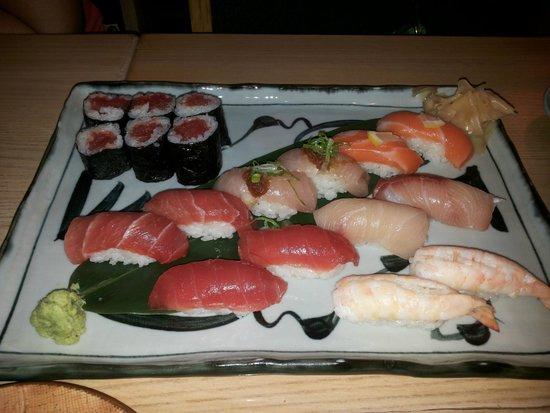 Hatsuhana Restaurant: Buen sushi