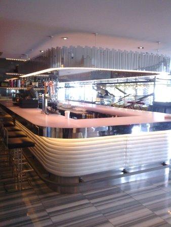 W Chicago - Lakeshore: zona bar