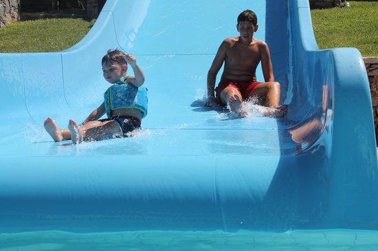 Creta Maris Beach Resort : pool slide
