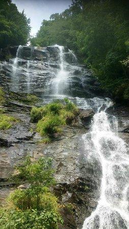 Amicalola Falls Lodge : Just Beautiful!!