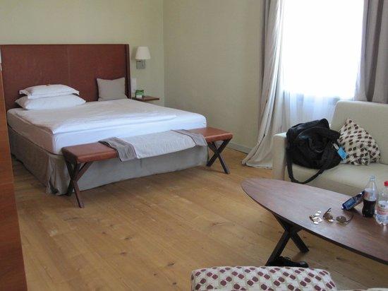 Hotel&Villa Auersperg: Bed area