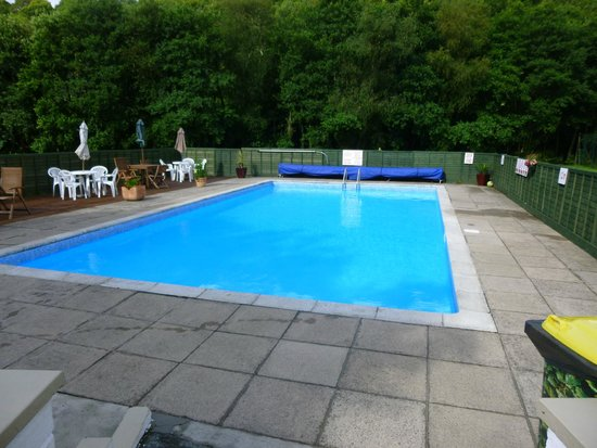 Notter Mill Country Park: The pool
