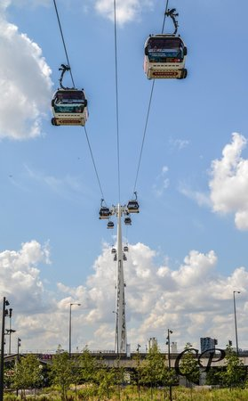 Emirates Air Line Cable Car - Royal Docks : Emirates