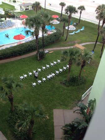 El Caribe Resort and Conference Center: Setting up for a wedding
