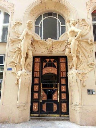 Jewish Museum in Prague: Sculptures