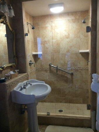The Eagle Inn: Banheiro