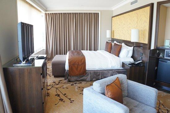 Shangri-La Hotel Sydney: Premier Grand harbour View Room