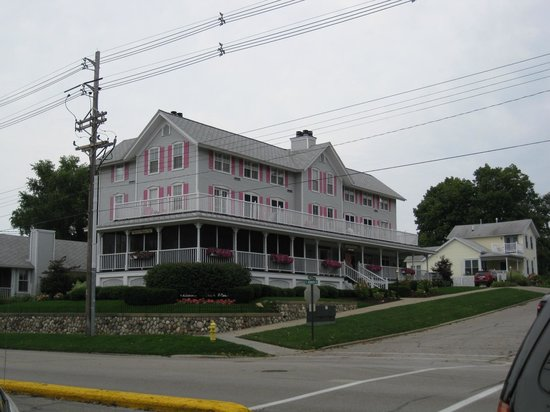 The Harbor House Inn: Harbor House Inn