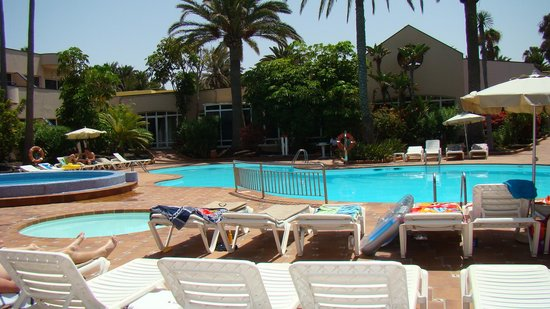 Hotel Atlantis Dunapark: Poolside
