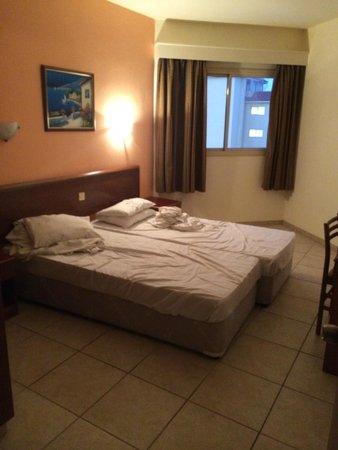 Vangelis ApartHotel: Bedroom