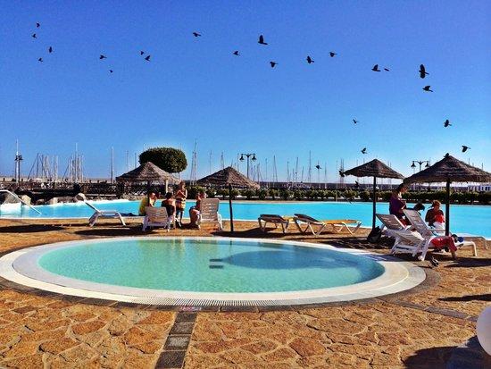 Marina Rubicón: La maravillosa piscina de marina rubicon muuuuy buena!🏊