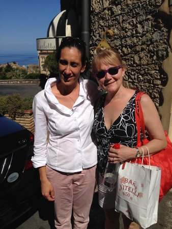 TT Taxi Taormina : Tricia with Stephanie, Best Tour Guide Ever!!!
