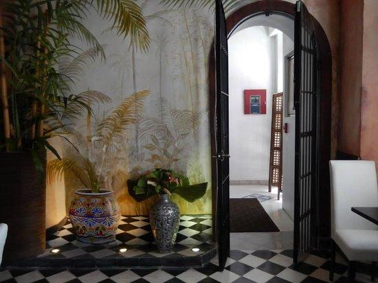 La Terraza de San Juan: The Breakfast area & Common Room.