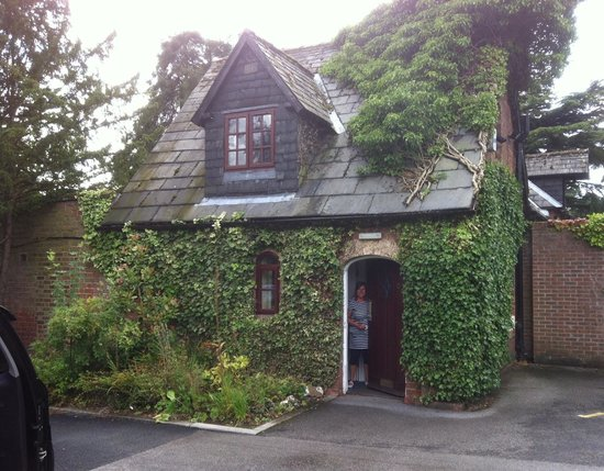 Parsonage Hotel & Spa: The Cottage :)