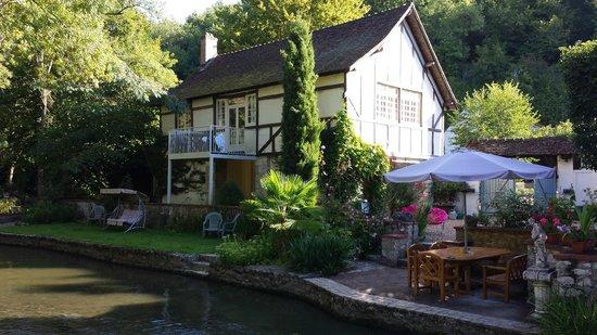 Le Moulin des Charmes : Cottage