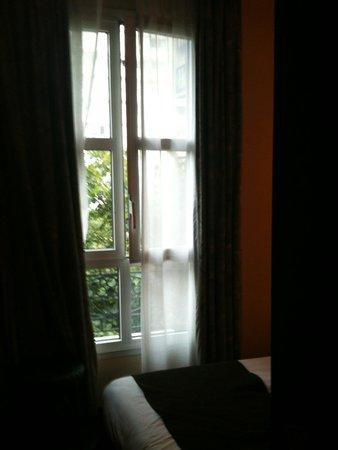 Best Western Paris Italie : finestra