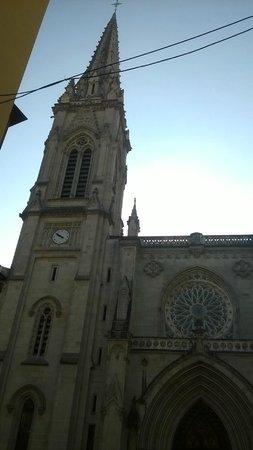 Catedral de Santiago de Bilbao, lado oeste.