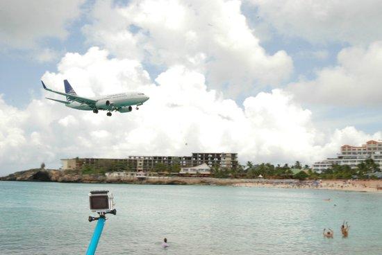 Sunset Beach Bar: Plane #2