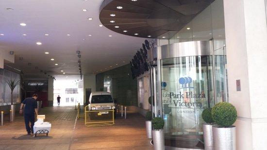 Park Plaza Victoria London : Entrada Principal