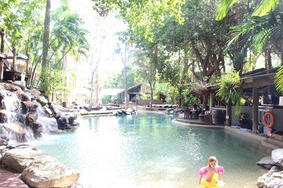 Ramada Resort Port Douglas: Pool oasis