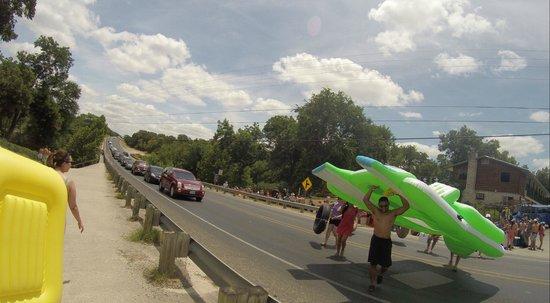 Bezdeks Rentals : Cool floaty!