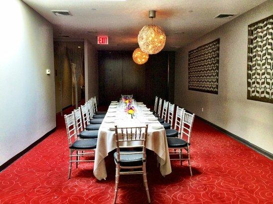 Etcetera Etcetera Restaurant : skylight room (private) on the second floor