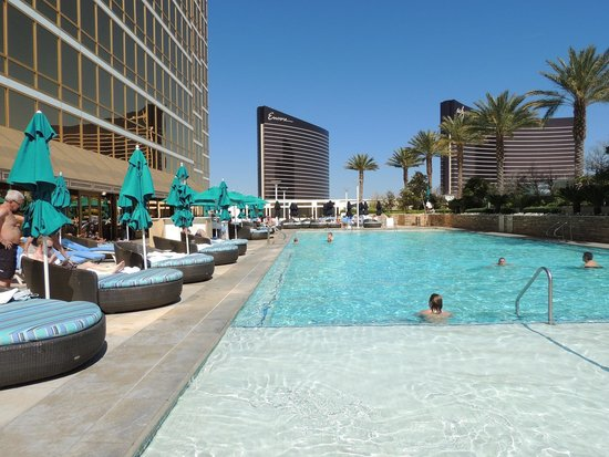 Trump International Hotel Las Vegas: pool