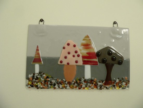 The Glass Palette - Interactive Glass Art Studio: Another Bathroom wall hanging (perfect since moisture won't be an issue)