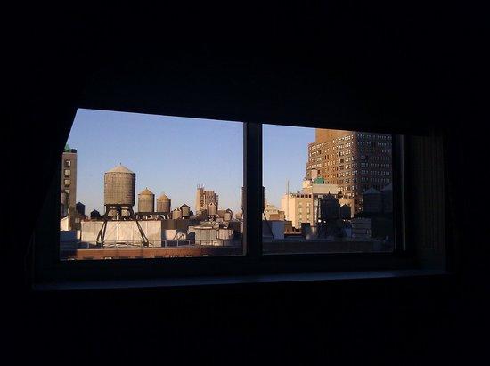 Hilton Garden Inn New York/Manhattan-Chelsea: 19th Floor View Toward Downtown NYC
