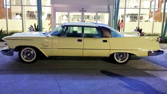 Universal's Cabana Bay Beach Resort: 1958 Chrysler Imperial