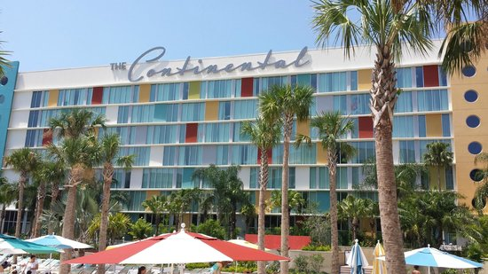 Universal's Cabana Bay Beach Resort: our buidling...the Continental