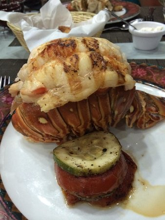 Hotel Riu Palace Jamaica : Lobster tail at steak house...get there early